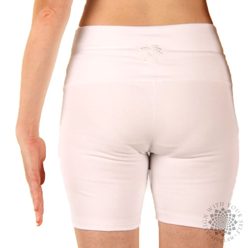 iyogi Women yoga shorts - white